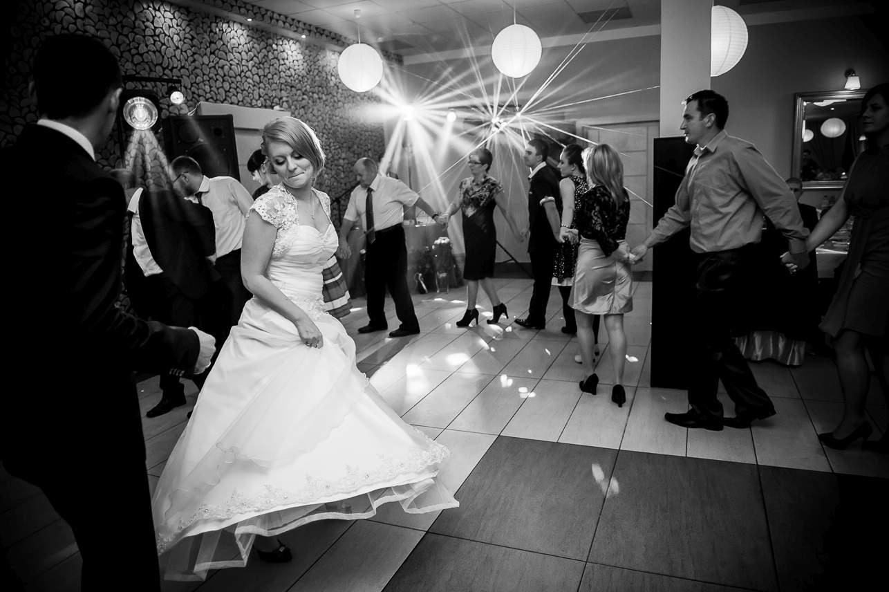 1 037 - Jesienna sesja ślubna