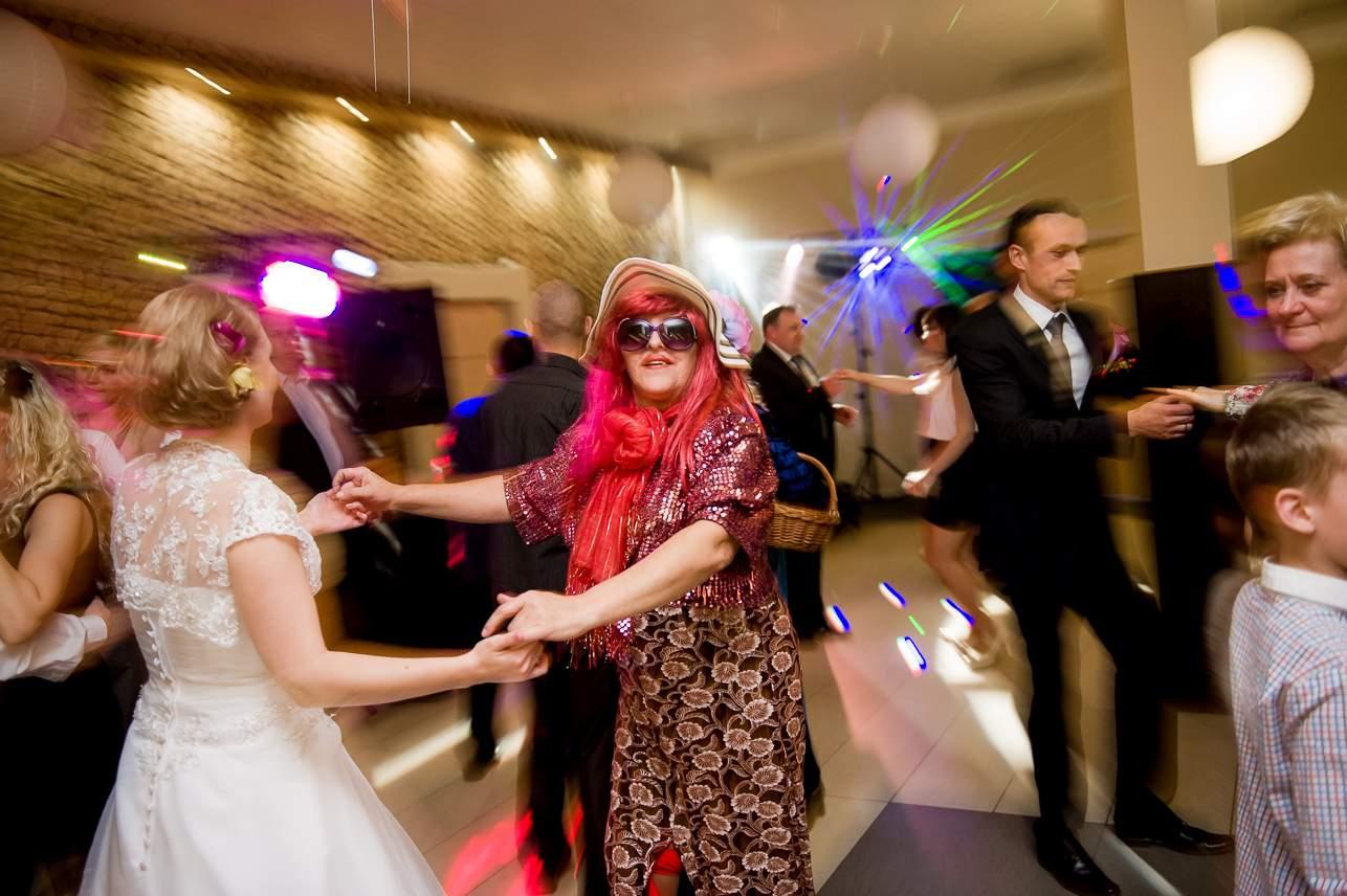 1 043 - Jesienna sesja ślubna