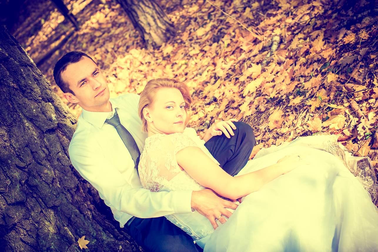 p 24 - Jesienna sesja ślubna