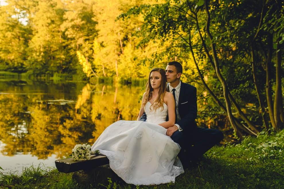 Dworek Wapionka slub 30 - Sesja ślubna Dworek Wapionka