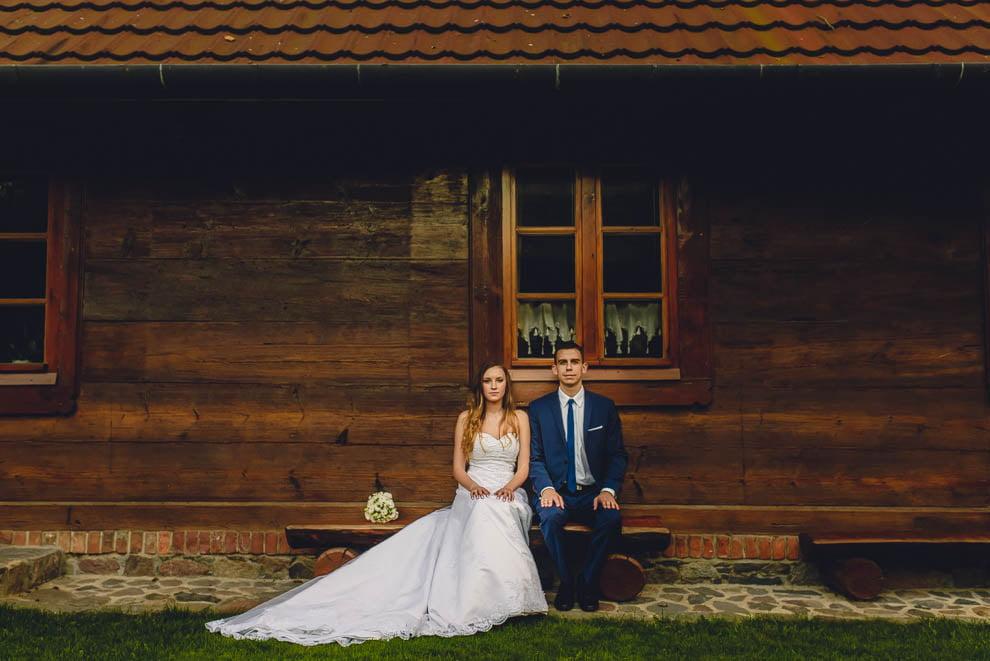 Dworek Wapionka slub 50 - Sesja ślubna Dworek Wapionka