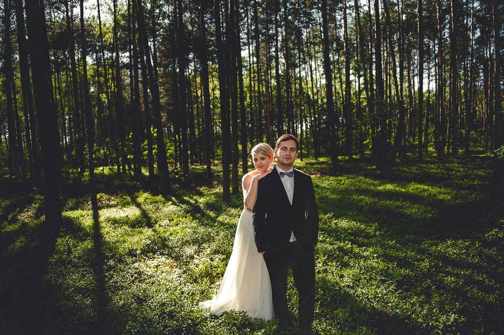 plener las 13 - Plener ślubny w lesie