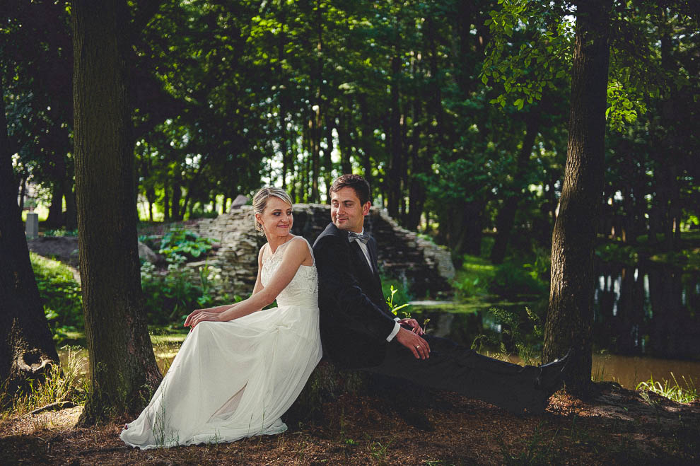 plener las 7 - Plener ślubny w lesie