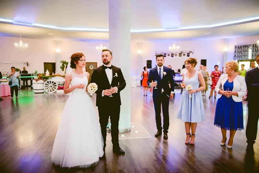 sala modrzewiowa rypin krysztalowa 72 - Ślub Restauracja Modrzewiowa w Rypinie