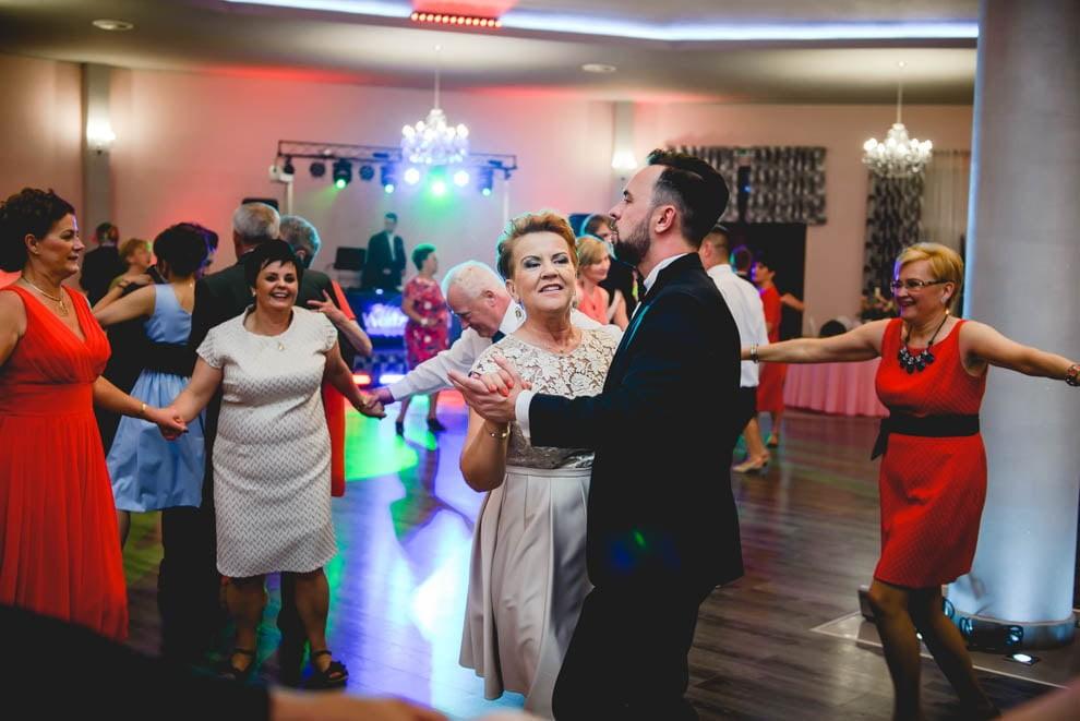 sala modrzewiowa rypin krysztalowa 94 - Ślub Restauracja Modrzewiowa w Rypinie