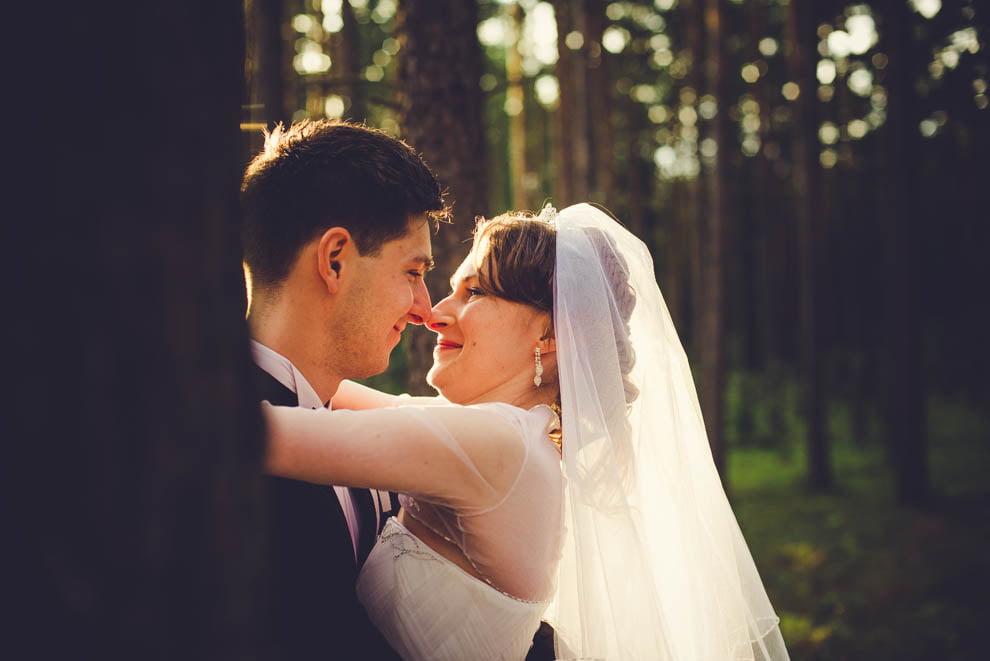 sesja slubna w lesie 16 - Sesja ślubna na łonie natury