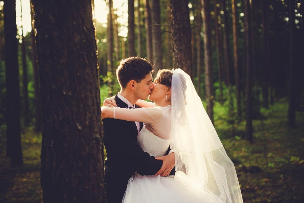 sesja slubna w lesie 17 - Sesja ślubna na łonie natury