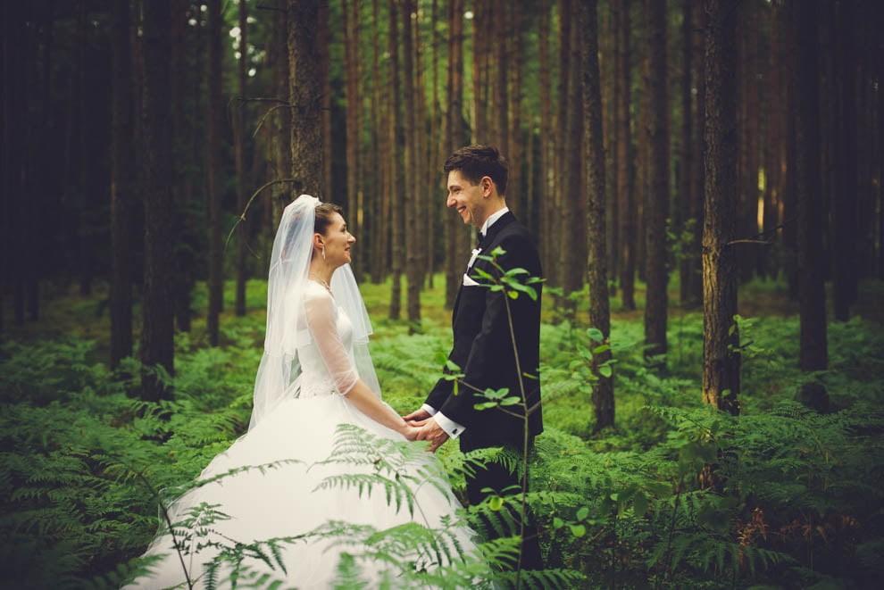 sesja slubna w lesie 7 - Sesja ślubna na łonie natury