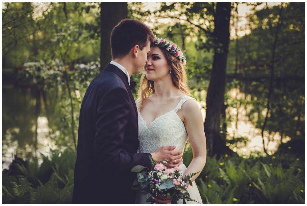 Dworek Wapionka plener ślubny 1 7 - Plener ślubny w Dworku Wapionka