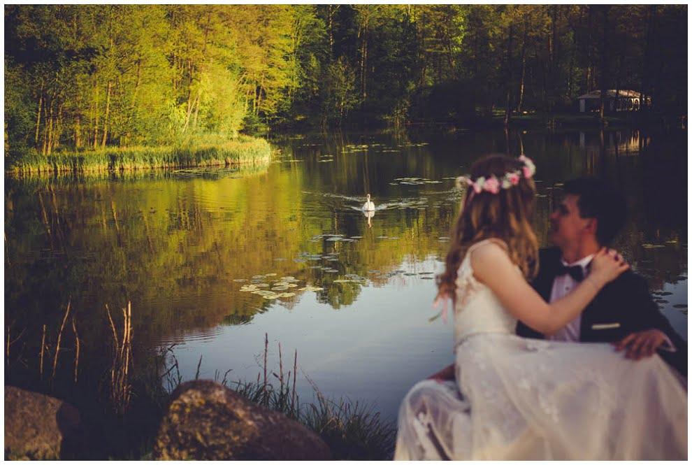 Dworek Wapionka sesja slubna 10 - Plener ślubny w Dworku Wapionka