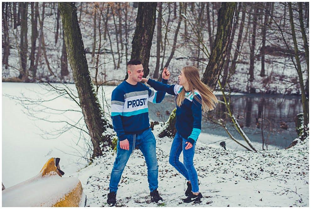 DSC 9733 - Zimowa sesja narzeczeńska w Górznie