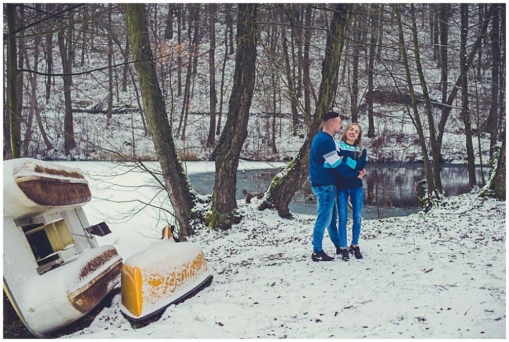 DSC 9741 - Zimowa sesja narzeczeńska w Górznie
